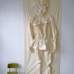 Mijn mooiste pakje, 2010, Koetshuis Mensinge Roden, bxhxd140x400x30 cm